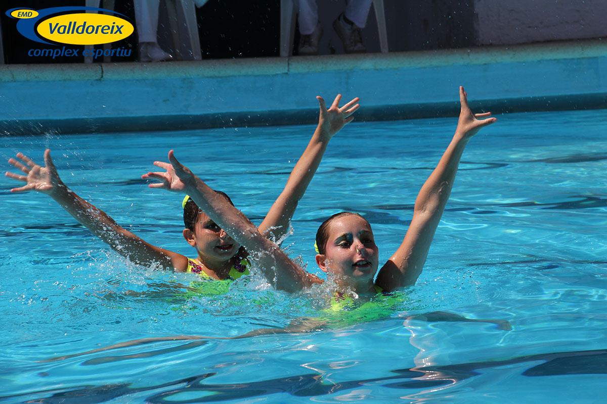 Àlbum de les noies de Natació Sincronitzada a Tarragona